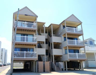 22 35th St Unit 6 **Sold $415,000, Sea Isle City, NJ