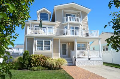 133-84th Street Single Family **SOLD $910,000, Sea Isle City, NJ