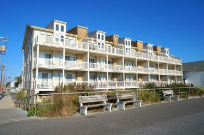 4400 Beach Unit 208 **SOLD $401,000