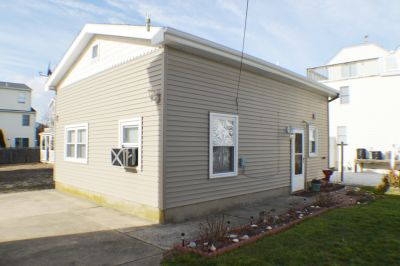 133 82nd St Rear Cottage **SOLD $274,900, Sea Isle City, NJ