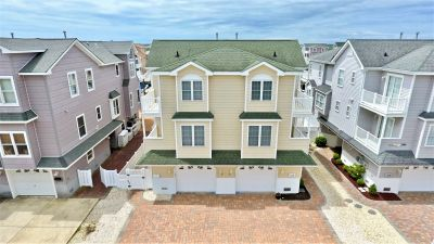 316 46th Place East Unit UNDER CONTRACT