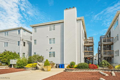 119 40th Street 3F, Sea Isle City, NJ