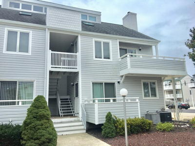 6413 Central Ave, Unit 5 *SOLD $462,500**, Sea Isle City, NJ