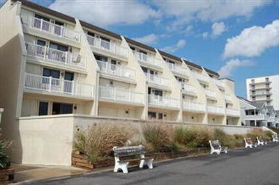 3901 Pleasure Ave **UNDER CONTRACT** Unit 210, Sea Isle City, NJ