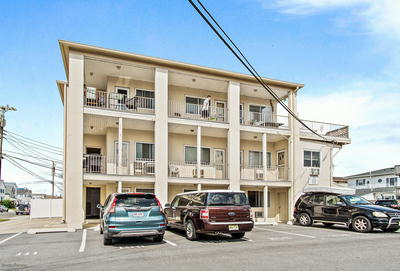 3918 LANDIS AVE UNIT #109 *SOLD $132,000