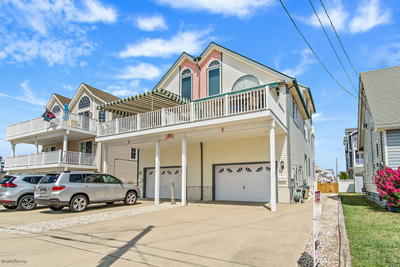 27 53rd Street, East Unit *UNDER CONTRACT*, Sea Isle City, NJ