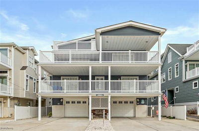 129 55th St North Unit *UNDER CONTRACT*, Sea Isle City, NJ